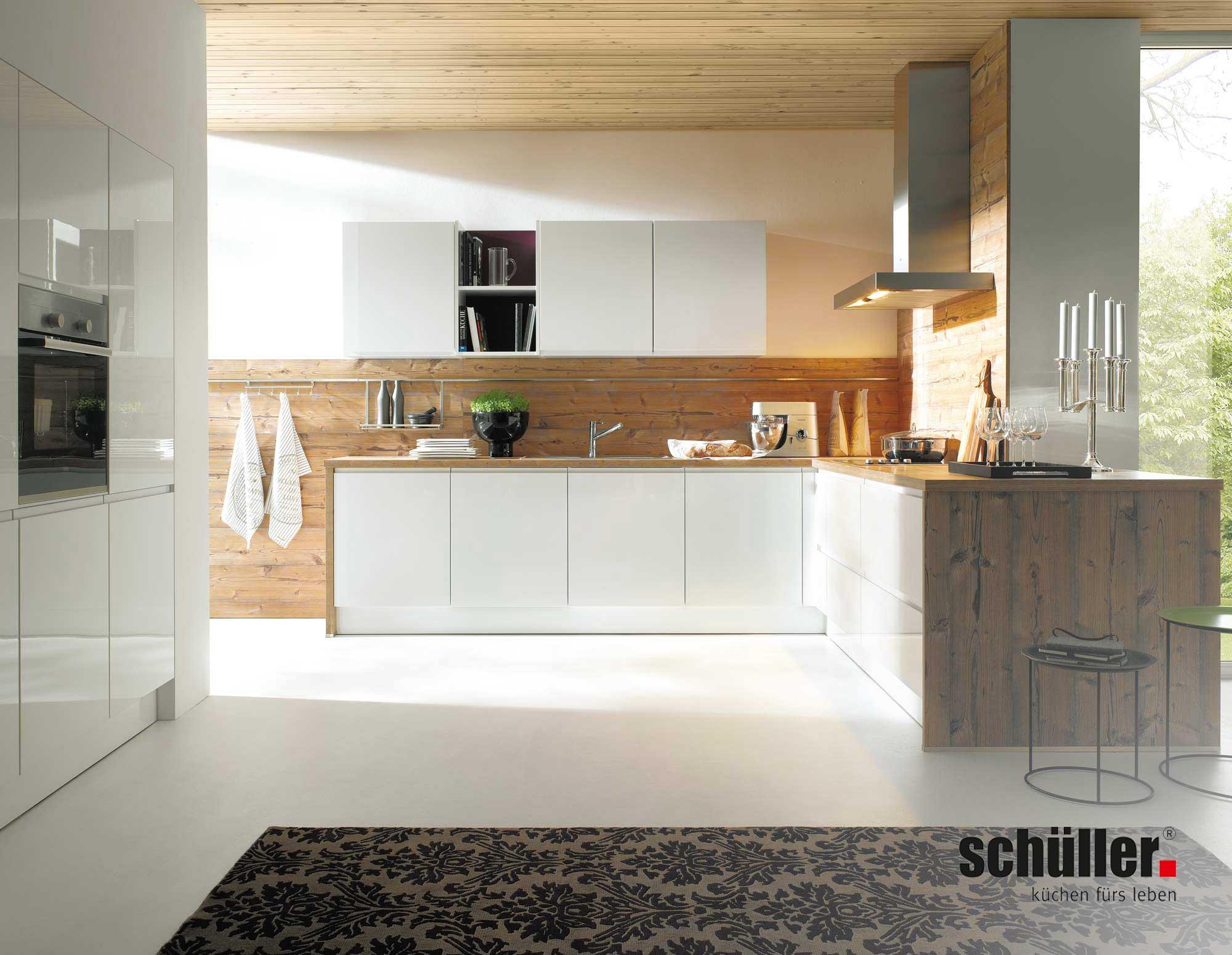 Schüller Alea Küche in weiß Hochglanz