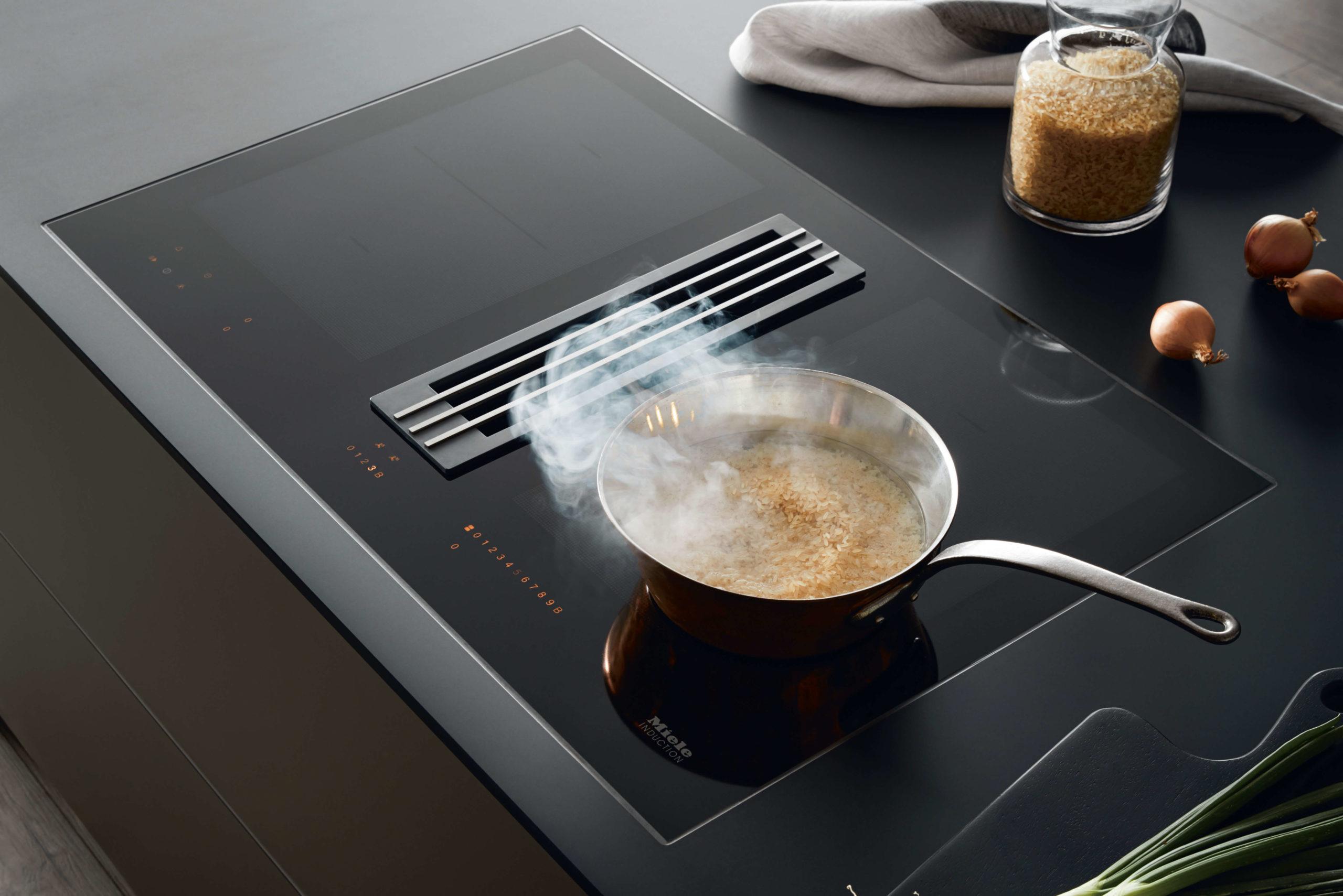Muldenlüfter von Miele - Kochfeldabzug revolutioniert die Küche.