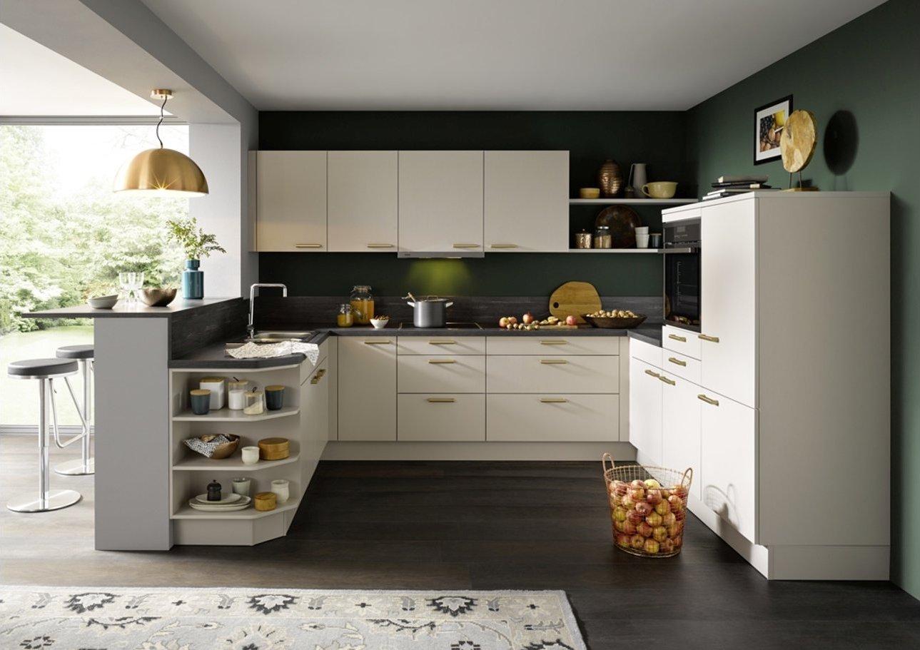 Charmante U-Küche Global 54.150 in Sandgrau Seidenglanzlack