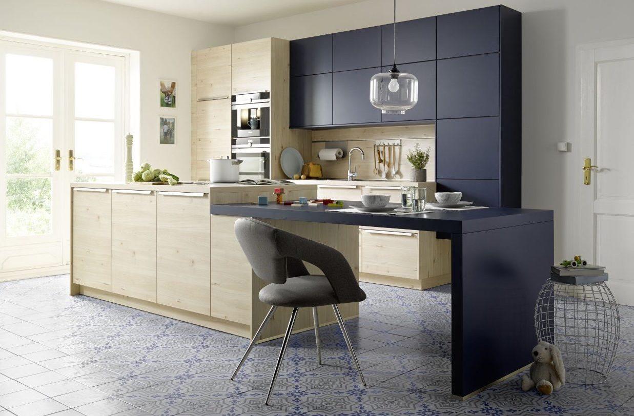 Trendige Global Küche 51.110/55.100 mit Siemensgeräten